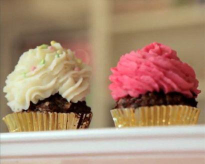 Bob Blumer's Savory Cupcakes. Lamb Cupcakes? Salmon Cupcakes? Yep.