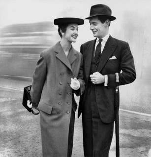 Elegant, dapper, and so timelessly appealing. #couple #vintage #fashion #1950s