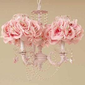 love the chandelier idea