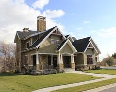 Side Exterior traditional exterior