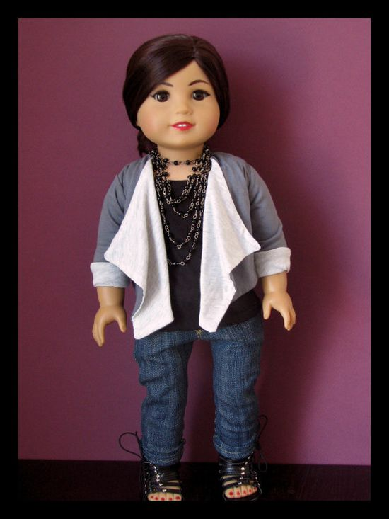 Cute! Re-do American girl doll! That's so cool! Make it look like they have makeup on. GENIUS! So doing this!