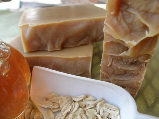 oatmeal, milk + honey soap