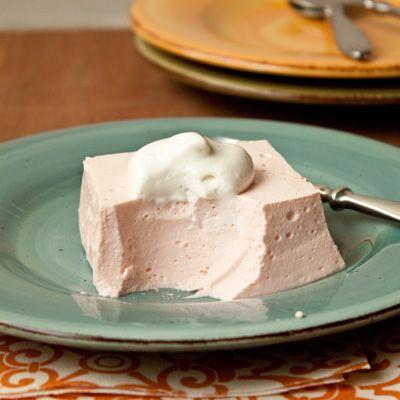 Easy creamy jello {jello + cool whip}