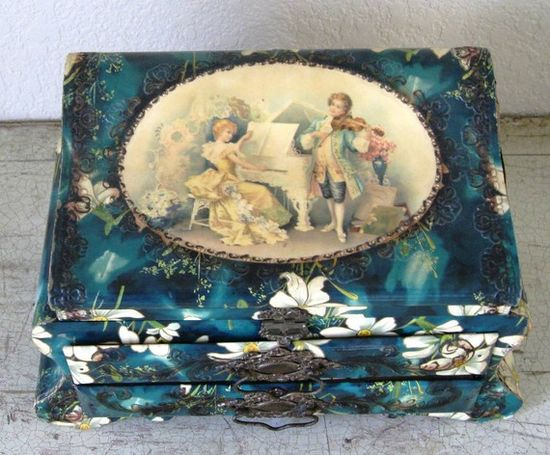 Antique Victoiran Celluloid jewelry box