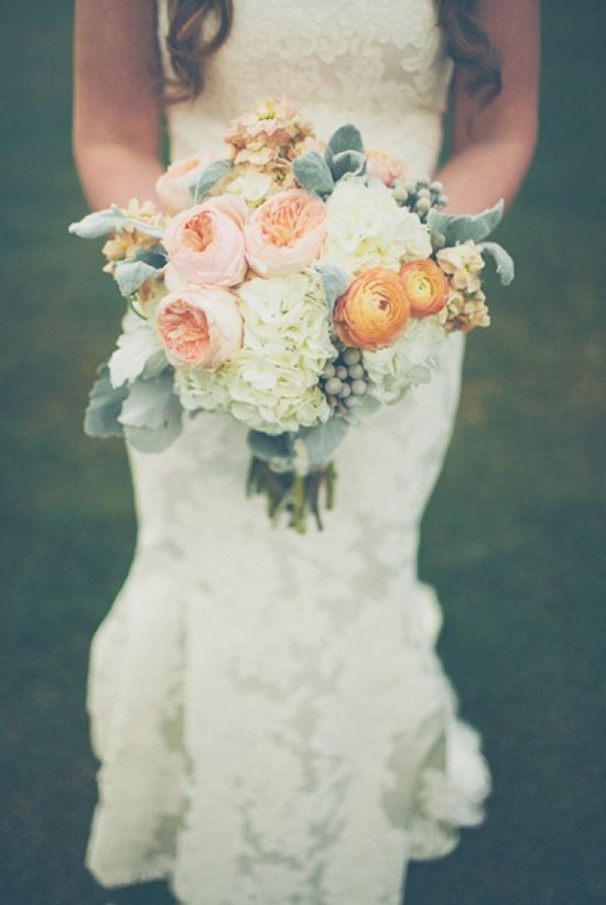 orange and peach wedding bouquet // photo by The Schultzes // flowers by The Bloom Room