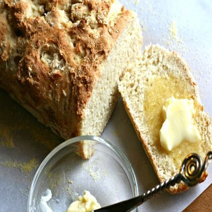 English Muffin Bread www.spoonful.com #breadrecipes #recipes #bread