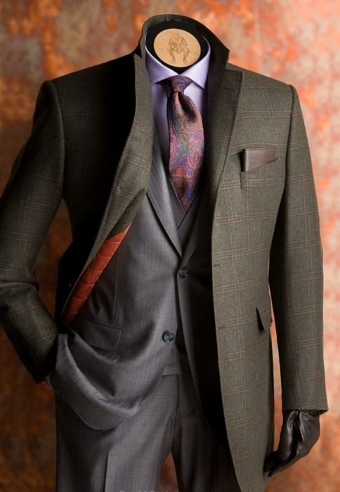 very nice look. sharp and well tailored.