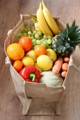 10 Fruits & Vegetables You Should Buy Organic. Always good to know!