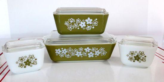 1970s Pyrex Spring Blossom Green Refrigerator Dish Set New In Box