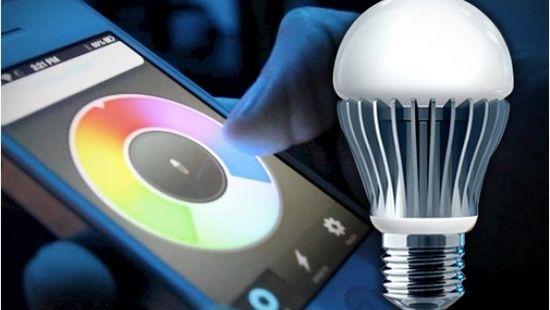 Smart Bulb Changes Color Through Your Smart Phone