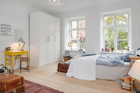 bedroom..