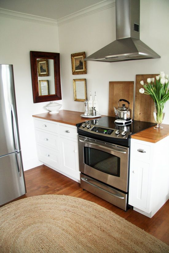 A Country Farmhouse: The Kitchen