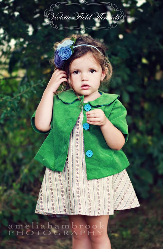 Love, love, love everything about this.... from the green jacket to the beautiful little dress to the gorgeous headband all things I wouldn't mind trying me hand at.