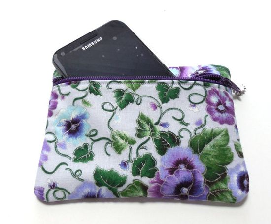 Padded Gadget Bag Cosmetic Bag Coin Purse by GabbysQuiltsNSupply, $8.25