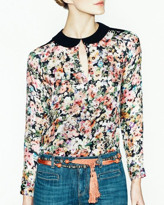 Floral shirt, jeans & knotted belt
