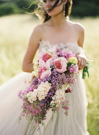 What a bouquet!!  Photo courtesy of Jose Villa