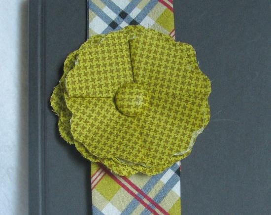 Fabric Flower Bookmark - Gold Plaid. $15.00, via Etsy.