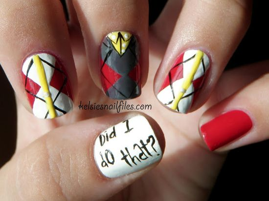 40 Cool And Creative Nail Art Designs - adrianlinks.com