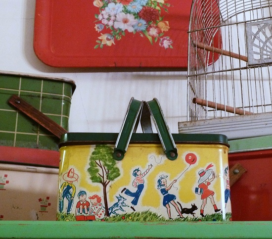 Vintage Picnic Baskets ?