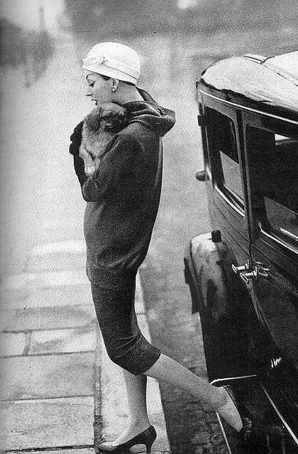 Dovima for Harper's Bazaar, 1955 [photo: Richard Avedon]