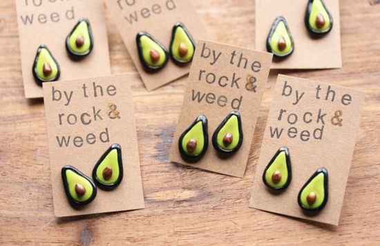 Adorable handmade avocado earrings for the #avocado lover / healthy eater in your life!