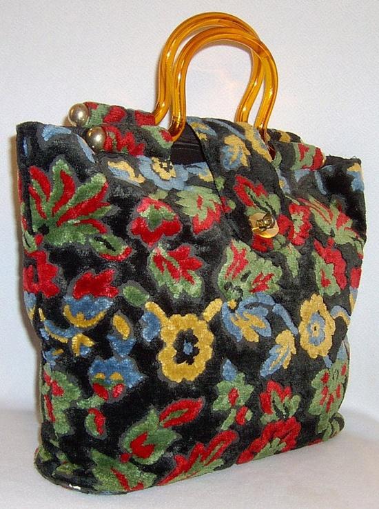 Vintage carpet bag purse  1960s  large plush floral by fatspazzy, $140.00
