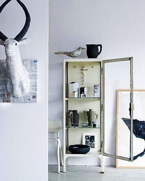 vtwonen, styling by Cleo Scheulderman, photography by Jeroen van der Spek