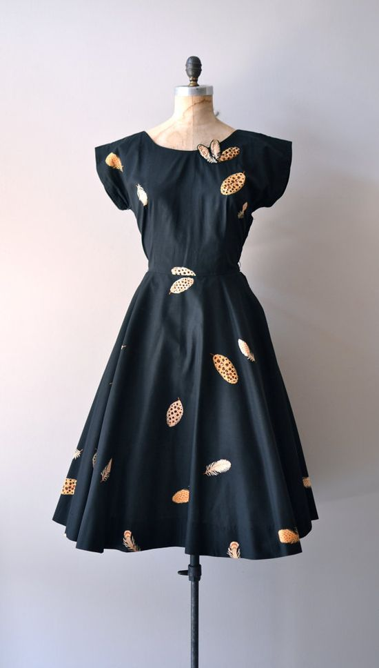 vintage 1950s Caduta di Piuma cocktail dress     #vintagedress #vintage #1950s