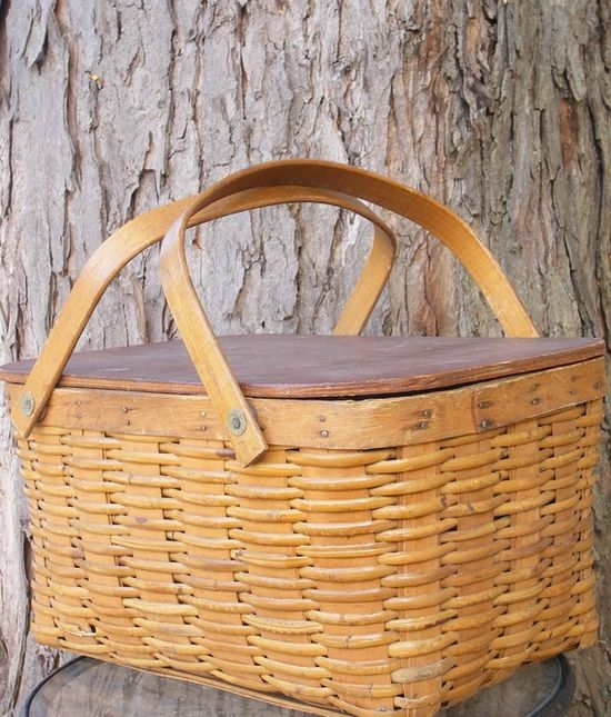 Picnic basket for perfect picnic weather