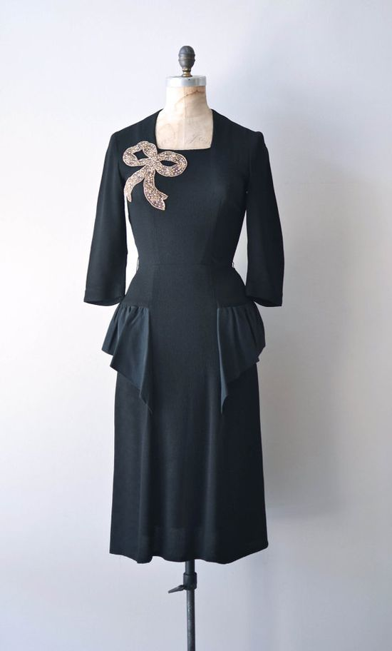 1940s rayon dress with applique sequined bow