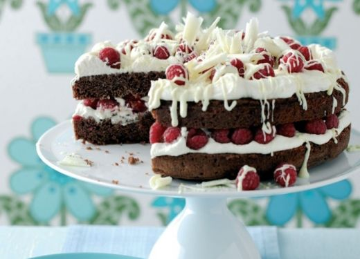Raspberry and Double Chocolate Cake Recipe : Cook Vegetarian Magazine