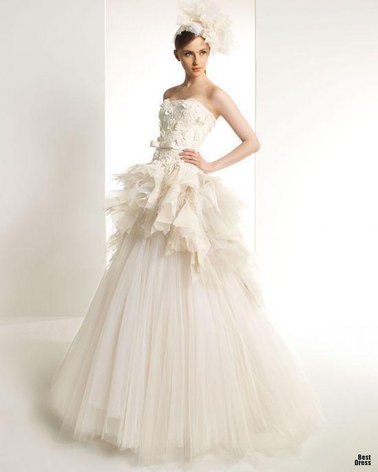 Zuhair Murad for Rosa Clara 2013. White wedding dress
