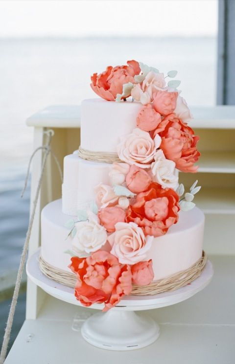 Blush colored roses instead of coral