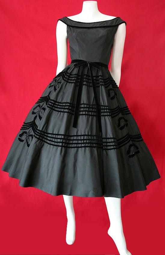 ...1950's dress...