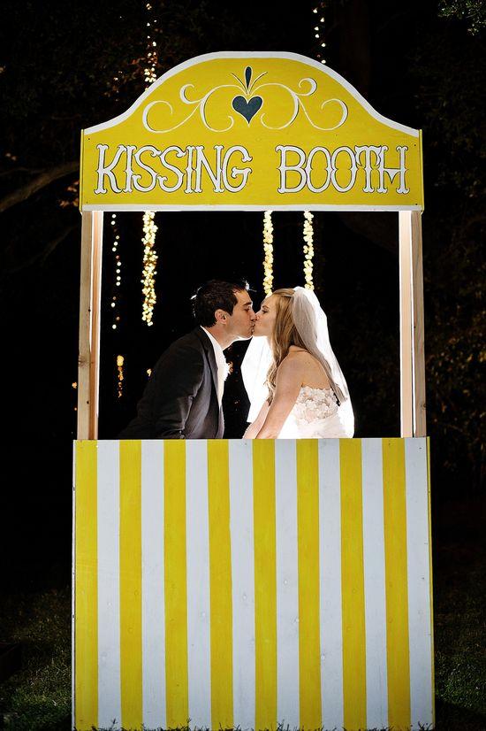 #Kiss Kissing Booth