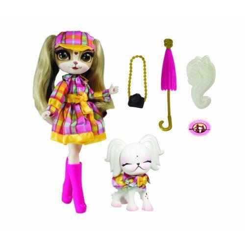Pinkie Cooper Deluxe Travel Collection Doll and Pet London