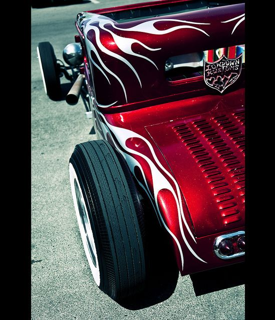 Pretty '32 Ford coupe