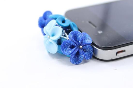 Floral Earphone Plug  iphone  Accessories Smart phone by eteniren, $5.30