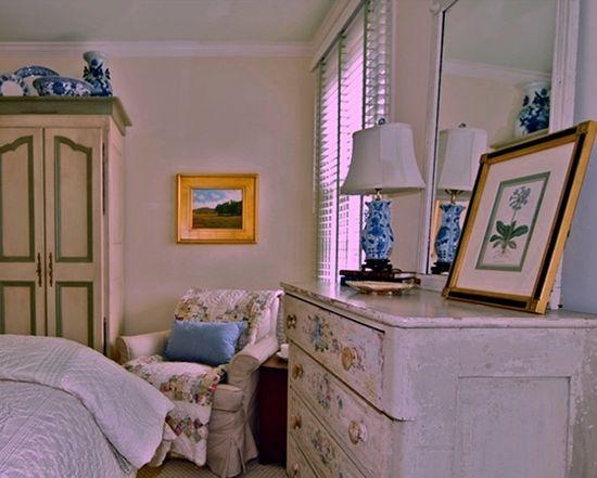 Cottage Bedroom Design - vignette