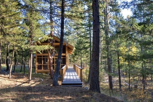 CABIN IN THE WOODS: Foster Loop / Balance Associates Architects. 5/16/2012 via ArchDaily