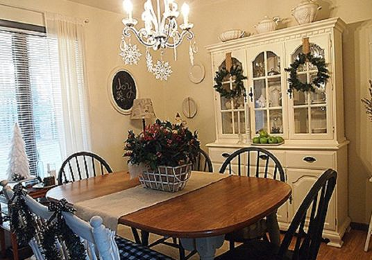 frugal christmas decorating tips