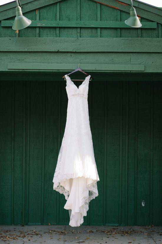 Oh how we love a #barn #wedding