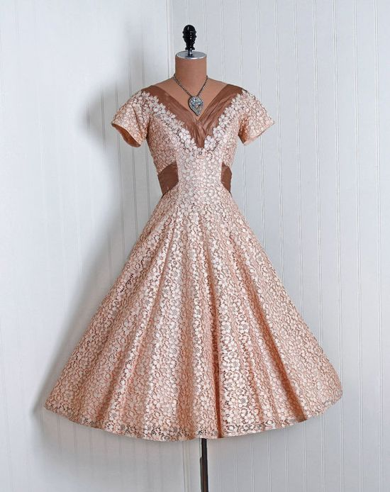 1950's Vintage Peaches and Cream Floral-Print French Cotton-Lace Couture Low-Plunge Short-Sleeve Cummerbund Nipped-Waist Rockabilly Ballerina-Cupcake Princes Circle-Skirt Bombshell Mocha-Taffeta Back Bow-Tie Garden Wedding Formal Cocktail Party Dress