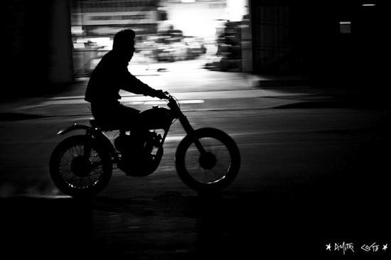 #triumph #dimitricoste  #vintage #motorbike #menswear #style   #cafe #racer   www.eff-style.com