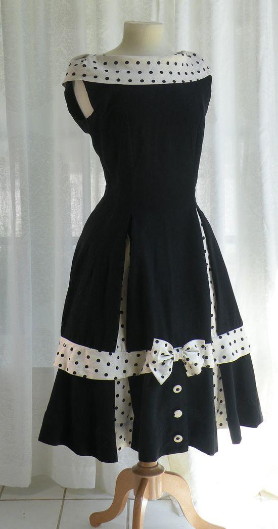 Very Cute Black Dress Vintage 1950's!!