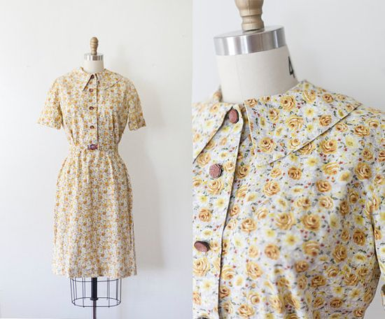 1940s Floral Tea Dress // SM by strawberrykoi on Etsy
