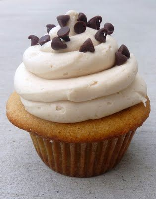 Cookie Dough Cupcake w/ Cookie Dough Buttercream Frosting