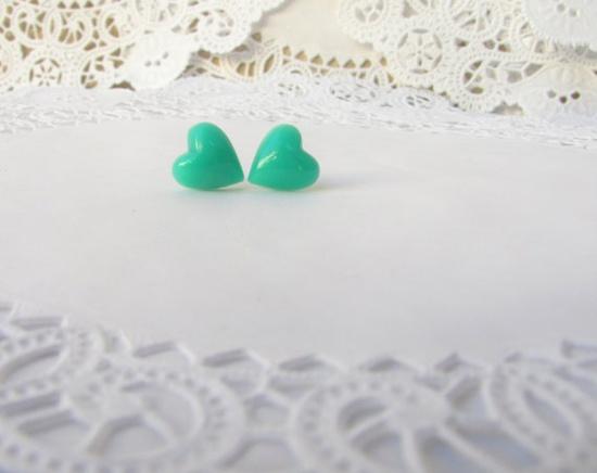 mint green heart earrings
