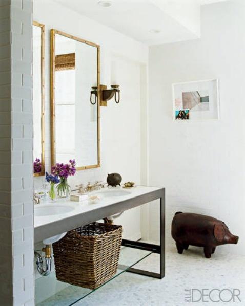 Rustic bathroom style