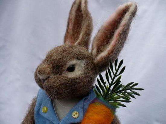 felted peter rabbit